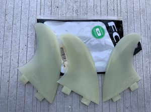FCS Surfboard Glass Flex Thruster fin set for Sale in Huntington Beach, CA
