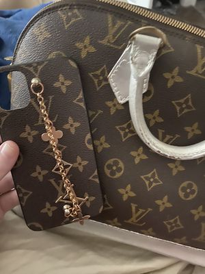 Louis Vuitton purse and iPhone 11 case for Sale in Salt Lake City, UT