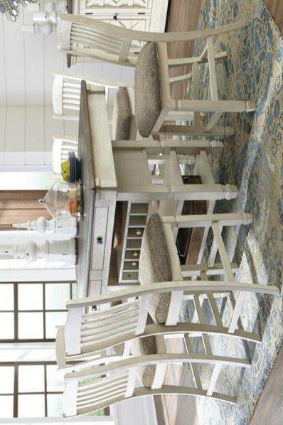 Bolanburg Antique White/Oak Counter Height Set