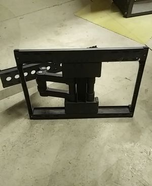Tv wall mount 24-17in. for Sale in Summit, IL