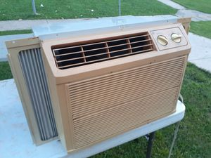 Air conditioning 5000 btu for Sale in Reading, PA