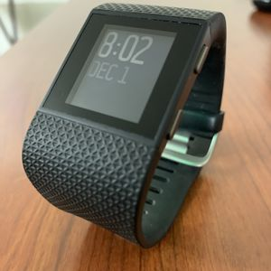 Fitbit Surge Black for Sale in Strongsville, OH