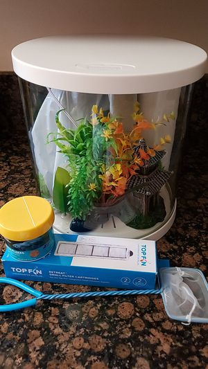 3 Gallon Beta Fish Aquarium for Sale in Lakewood, CA