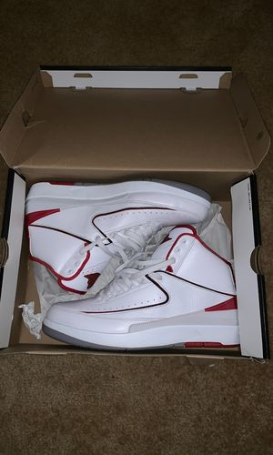 Jordan Retro 2 white/red VNDS for Sale in Bowie, MD