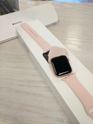 Apple Watch series 5 40mm GPS + LTE for Sale in Renton, WA