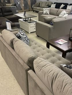 Ashley Sectionals , Sofa And Loveseats Sleepers And Adjustable Beds By Rize , No Credit Check Financing Only for Sale in Wickliffe,  OH