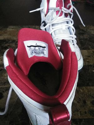$25 obo Jordans size 7 for Sale in St. Louis, MO