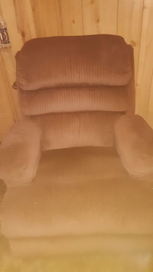 Rocker recliner excellent shape for Sale in Brainerd, MN