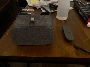 Google Daydream Viewer (VR Headset) for Sale in Pittsburgh, PA