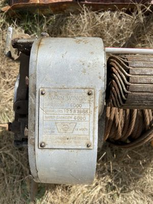 Warn 6000 winch - Belleview 8000lbs pull for Sale in Lacey, WA