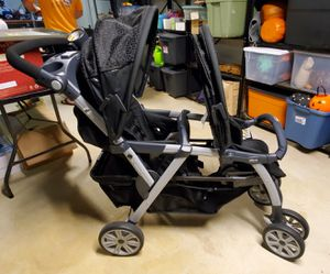 Chicco Cortina Together Double Stroller & (2) Chicco Keyfit 30 Infant Car Seats for Sale in Blackwood, NJ