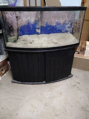 72 gallon Fish Tank for Sale in Grafton, OH