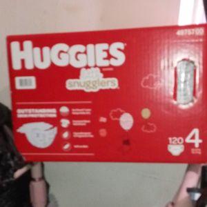 Huggies Little Snugglers Size 4 120ct for Sale in Wilmington, DE