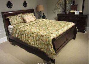 New Cherry 4pc. Queen Bedroom Set for Sale in Austin, TX