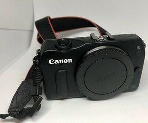 Canon camera for Sale in Baltimore, MD