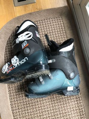 Salomon T3 RT Kids ski boots mondo size 23-23.5 for Sale in Sammamish, WA