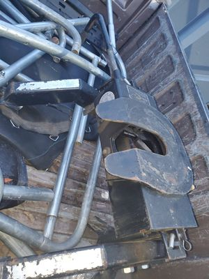 Fifth wheel hitch for Sale in Tulsa, OK