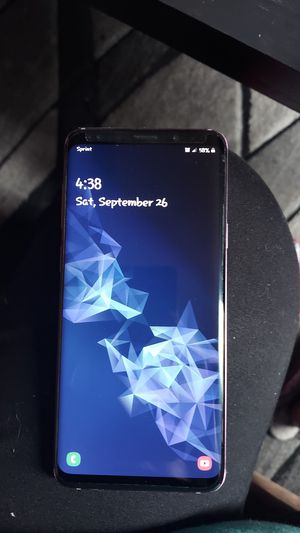 Samsung S9+ Like new , clean no scratches , unlocked for Sale in Denver, CO