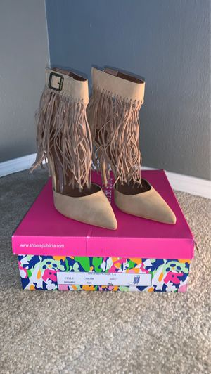 Women's Fringe Heels Size 7.5 for Sale in Overland, MO