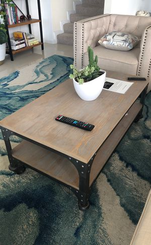 Coffee Table and 2 Side Tables for Sale in Miami, FL