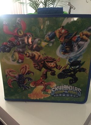 SKYLANDERS box for Sale in Miami, FL