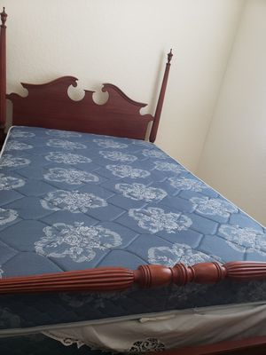Antique bedroom set. for Sale in Wimauma, FL