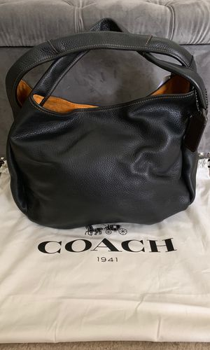 Coach Bandit Hobo handbag 100% authentic NEW AND NEVER USED for Sale in West Covina, CA