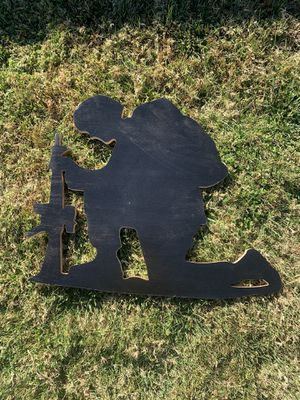 Wooden Kneeling Soldier Silhouette Sign for Sale in Riverside, CA