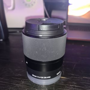 Sigma 30mm 1.4 Sony E mount lens for Sale in Baltimore, MD