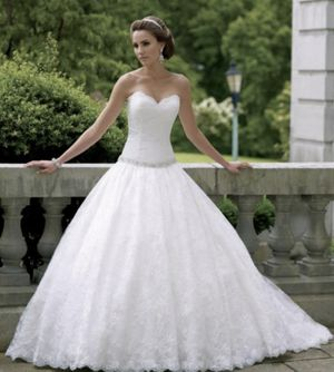 David Tutera For Mon Cheri Wedding Gown (NEW) for Sale in Willow Spring, NC