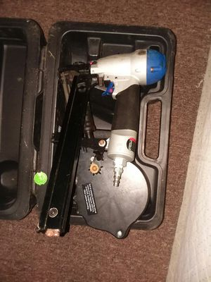 Spot nail framimg gun for roofing for Sale in Columbus, OH