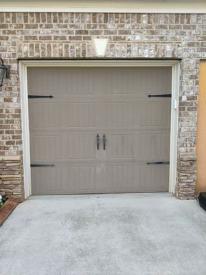 8'Wx7'H insulation garage door for Sale in Marietta, GA