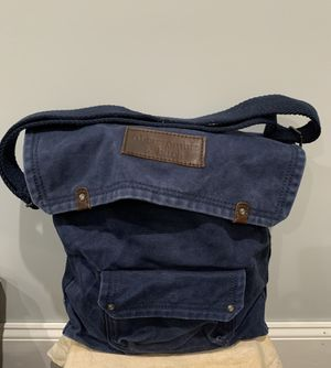 Abercrombie & Fitch Canvas Messenger Bag for Sale in Queens, NY