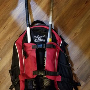 Mizuno Bat Backpack for Sale in Union Grove, WI