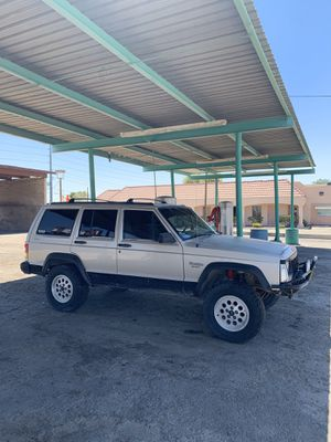 1995 Jeep Cherokee 4x4 High output 4.0 for Sale in Phoenix, AZ