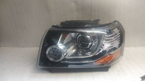 2013 2014 2015 Land Rover LR2 Headlight for Sale in Lynwood, CA