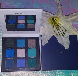 Paleta De Sombras/ Eyeshadowpalette for Sale in Grandview,  WA