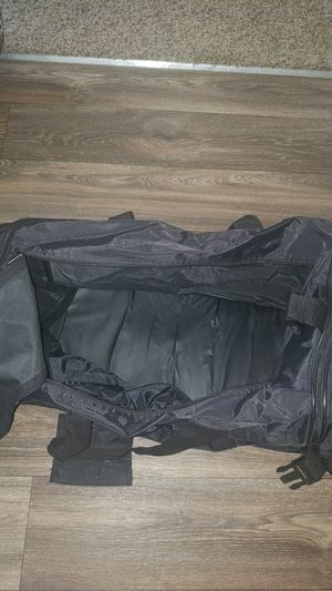 Black duffle bag for Sale in Lancaster, CA