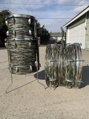 Vintage Yamaha black willow drum set 13 16 22 Japan MIJ for Sale in Orange, CA
