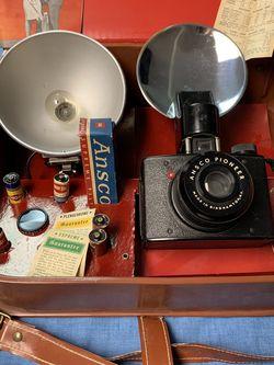 Antique Ansco Camera With Flash for Sale in Allen Park,  MI