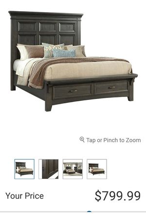 King Panel Bed, Power USB, New for Sale in Etiwanda, CA