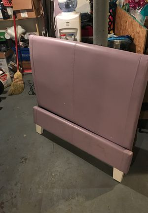 Twin Bed Set for Sale in Cleveland, OH