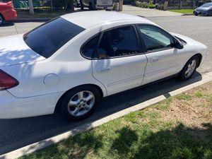 2006 Ford Taurus se clean title 135000 miles for Sale in Pico Rivera, CA