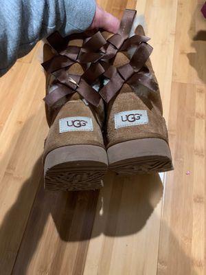 Size 2 uggs for Sale in Oakland, CA