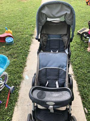 Graco duo glider stroller for Sale in Miami, FL
