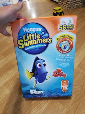 Huggies M 25 Little Swimmers swimpants for Sale in Coral Springs, FL