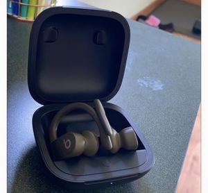 Power beats Pro for Sale in Garfield Heights, OH