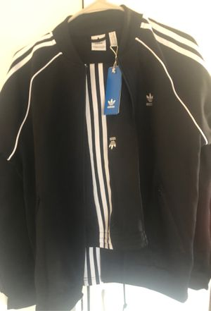 Adidas Jacket and Pants pair, Bnew with tags. Size S-M pa for Sale in Fresno, CA