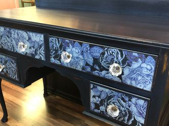 Navy Floral Desk/Vanity for Sale in University Place,  WA