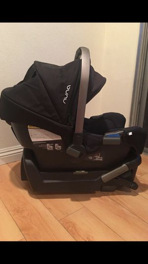 Nina Pipa Car Seat for Sale in Baltimore, MD